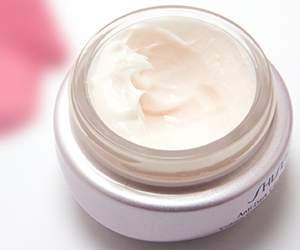 Cream by Elemis