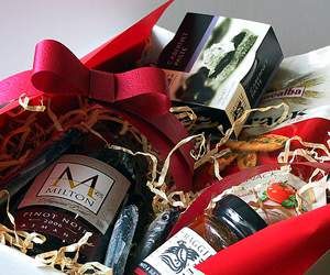 Hamper by Hamper.com